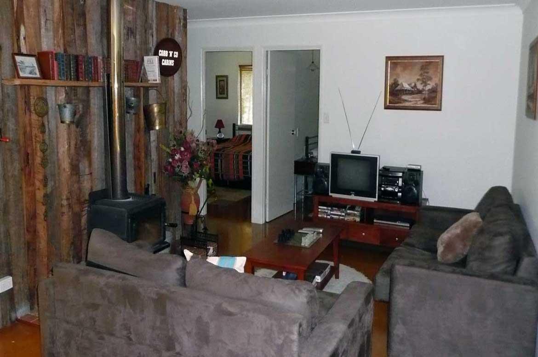 Hooter's Hut Living Area