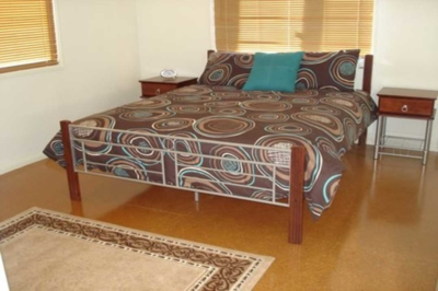 Hooter's Hut Bedroom