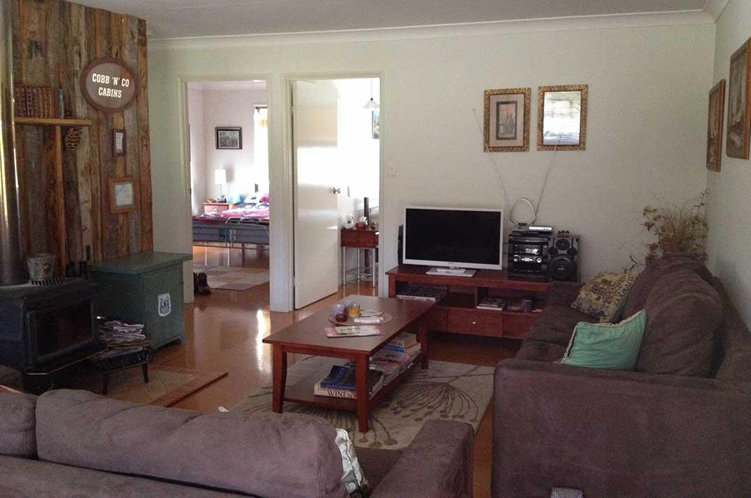Hooter's Hut Family Room